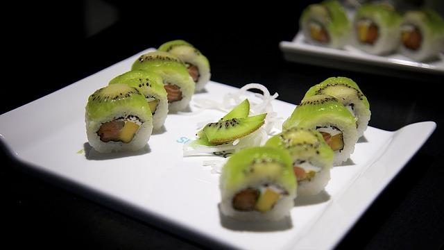סושי פירות צבעוני